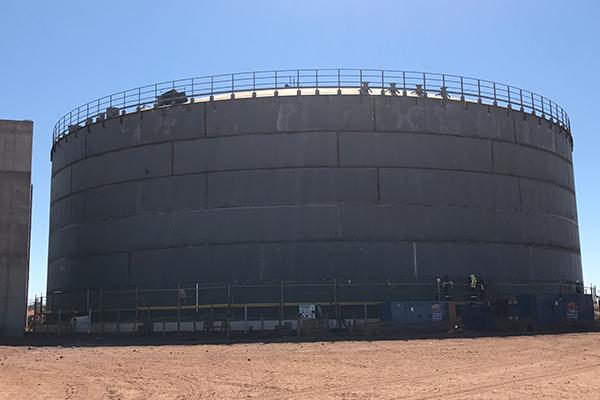 Large-sized storage tanks
